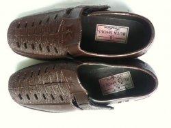 Giày nhựa PU